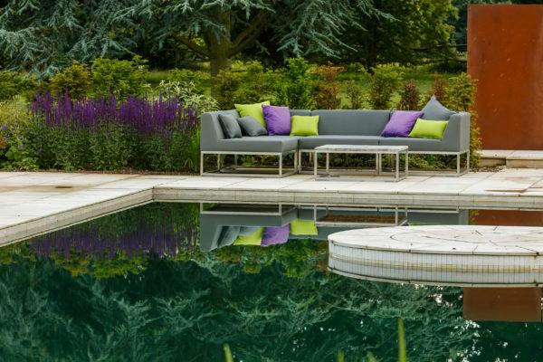 stone-work-swimming-pool-surround
